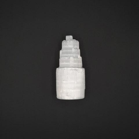 Tour en pierre de Sélénite brute - 10cm